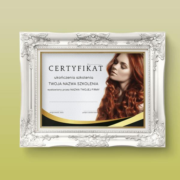 certyfikat szkolenia fryzjerskiego z rudą kobietą